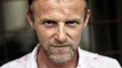 Jo Nesbø-filmatiseringa «Blood on snow» har fått ny regissør