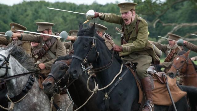 Benedict Cumberbatch spiller major i War Horse (Foto: The Walt Disney Company Nordic).