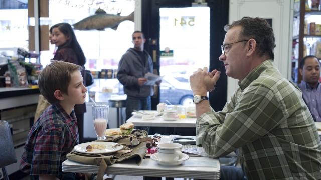 Thomas Horn og Tom Hanks spiller sønn og far i Ekstremt høyt & utrolig nært (Foto: SF Norge AS).