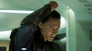 Tom Hiddleston gjentar rollen som Thors bror Loke i The Avengers (Foto: The Walt Disney Company Nordic).