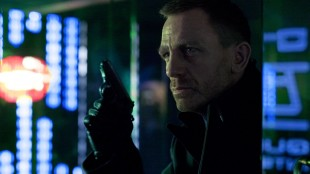 Daniel Craig gjentar rollen som James Bond i Skyfall (Foto: SF Norge AS).