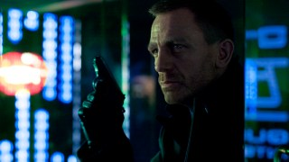 http://p3.no/filmpolitiet/wp-content/uploads/2012/09/James-Bond-Skyfall-bilde-1.jpg
