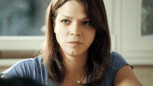 Jessica Schwarz spiller Davids kone i The Door (Foto: Storytelling Media).
