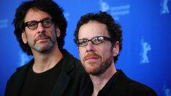 Coen-brødrene skriver manus for Jolie