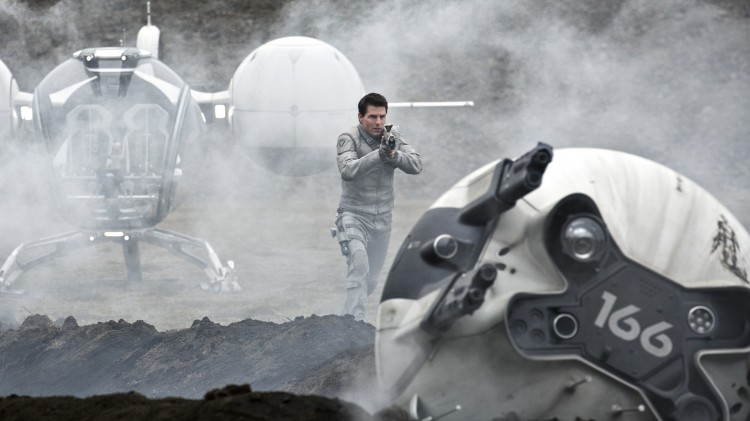Tom Cruise i Oblivion (Foto: United International Pictures).