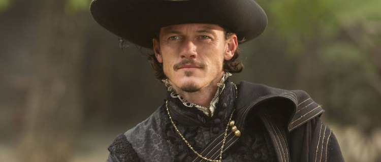 Luke Evans er The Crow