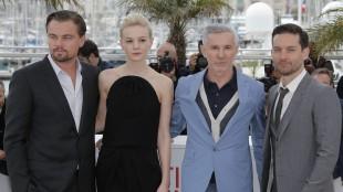 Leonardo DiCaprio, Carey Mulligan, regissør Baz Luhrmann and skuespiller Tobey Maguire i Cannes. (Foto: AP Photo Lionel)