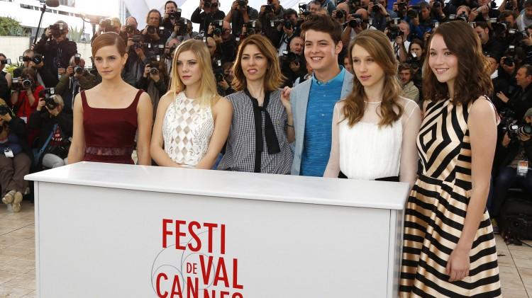 Emma Watson, Claire Julien, Sofia Coppola, Israel Broussard, Taissa Farmiga  og Katie Chang (Foto: REUTERS/Yves Herman).