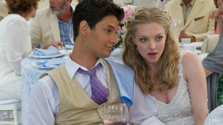 Ben Barnes og Amanda Seyfried skal gifte seg i The Big Wedding (Foto: Nordisk Film Distribusjon AS).