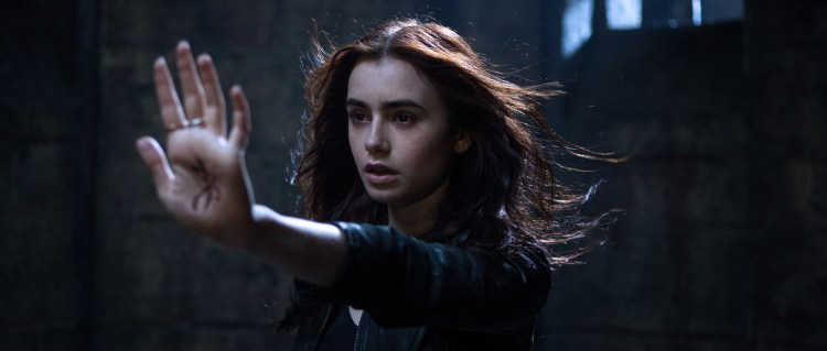 Harald Zwarts' «Mortal Instruments: City of Ashes» utsatt