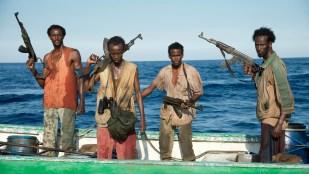 Faysal Ahmed (t.v.), Barkhad Abdi, Barkhad Abdirahman og Mahat Ali spiller kaprerne i Captain Phillips (Foto: United International Pictures).