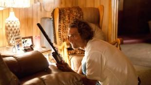 Farlige omstendigheter for Matthew McConaughey i Mud (Foto: Scanbox).