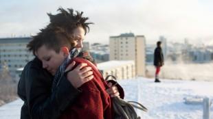 Romantikk på blokktaket i Vi er best! (Foto: Norsk Filmdistribusjon).
