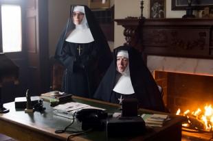 Dei katolske nonnene i Philomena. (Foto: Scanbox)