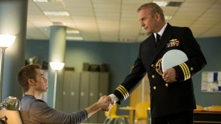 Chris Pine møter Kevin Costner i Jack Ryan: Shadow Recruit (Foto: UIP).