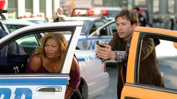 Jimmy Fallon og Queen Latifah i «Taxi».
