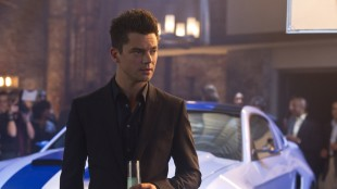 Dominic Cooper spiller skurkesjåføren Dino i Need For Speed (Foto: DreamWorks Distribution Co).