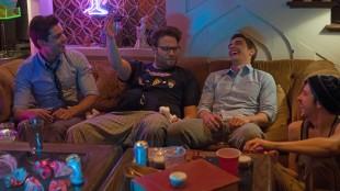 Zac Efron, Seth Rogen, Dave Franco og Christopher Mintz-Plasse i Bad Neighbours (Foto: United International Pictures).