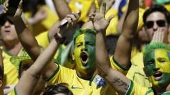 Brasilianerne flokker til kinosalene