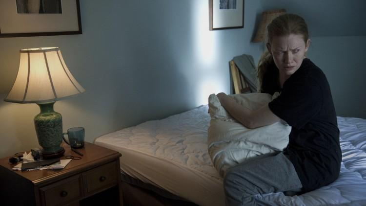 Sint, trist, fortvilet - Mirielle Enos leverer i The Killing sesong 4. (Foto: Netflix)