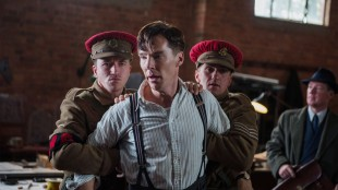 Benedict Cumberbatch spiller hovedrollen som Allan Turing i «The Imitation Game». Han blir nå omtalt som en mulig Oscar-kandidat. (Foto: Jack English/ The Weinstein Company)