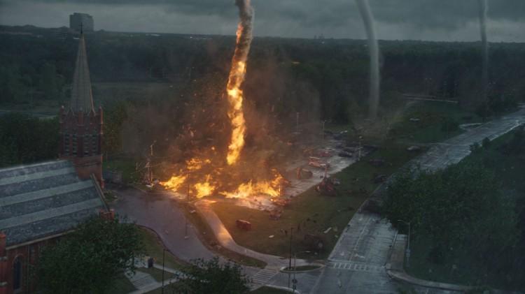 Effektene er i det minste gode i Into the Storm. (Foto: Warner Bros. Pictures/ SF Norge).