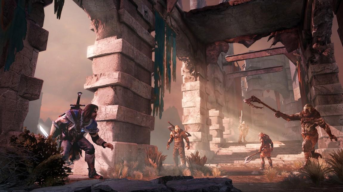 Snikemekanikken i «Middle-earth: Shadow of Mordor» har sine svakheter og fungerer best i tette omgivelser. (Promofoto: Warner Bros. Games)