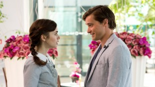 Rosie (Lily Collins) med barnefar Greg (Christian Cooke) i Love, Rosie (Foto: SF Norge AS).