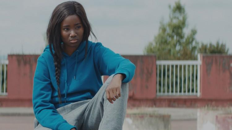 Marieme aka Vic, er lei av et liv som hun føler ikke går noen steds. (Foto: AS Fidalgo).