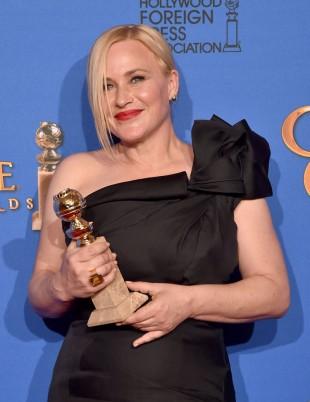 Patricia Arquette fikk prisen for beste kvinenlige birolle i en dramafilm. (Foto: Kevin Winter/Getty Images/AFP, NTB Scanpix).