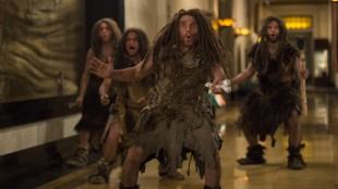 Ben Stiller spiller også neandertaleren Laaa i British Museum i London i Natt på museet: Gravkammerets hemmelighet (Foto: 20th Century Fox).