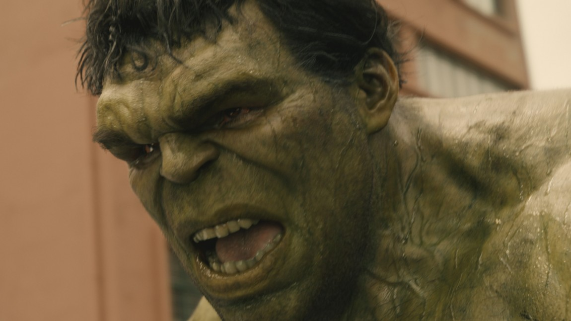 Hulk (Mark Ruffalo) slår seg løs i Avengers: Age Of Ultron (Foto: ©Marvel).
