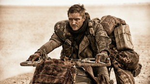 Tom Hardy spiller den legendariske filmfiguren Max Rockatansky i Mad Max: Fury Road (Foto: SF Norge AS).