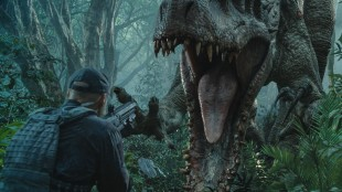 Indominus Rex går amok i Jurassic World (Foto: United International Pictures).
