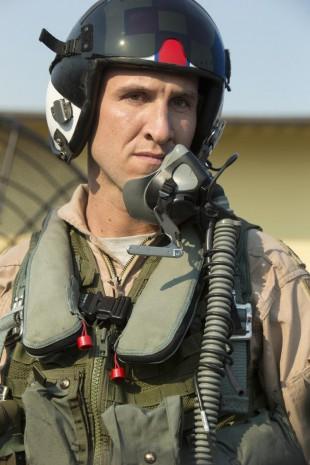 "Pablo Schreiber som den doplangende superpiloten Zeke ""Z-Pak"" Tilson. (Foto: HBO Nordic)"