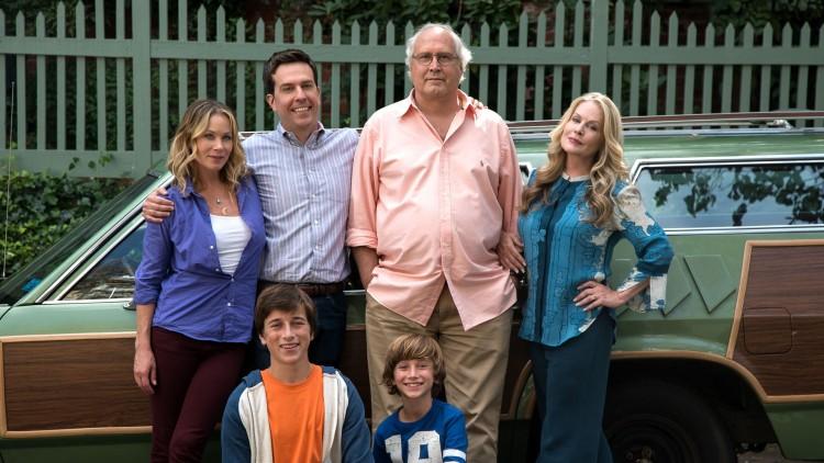 Clark Griswold (Chevy Chase i midten) gjør et innhopp sammen med resten av Griswold-familien i Vacation (Foto: SF Norge AS).