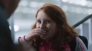 Rebecka Josephson gjør en sterk debut som skuespiller i Min lille søster (Foto: Arthaus).
