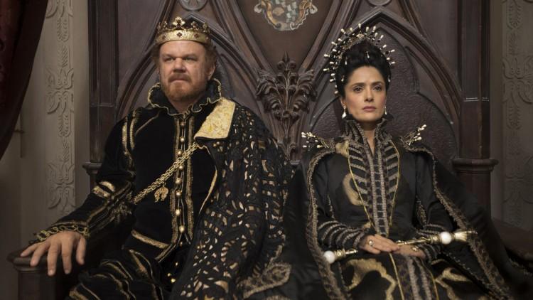 John C. Reilly og Salma Hayek spiller Kongen og Dronningen av Longtrellis i Tale of Tales (Foto: Tour de Force).