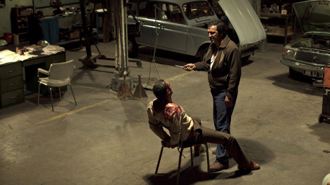 Det er både brutalt og estetisk i Den franske forbindelsen. Og hintene til Tarantino kan en finne i både musikk og situasjoner. (Foto: Another World Entertainment)