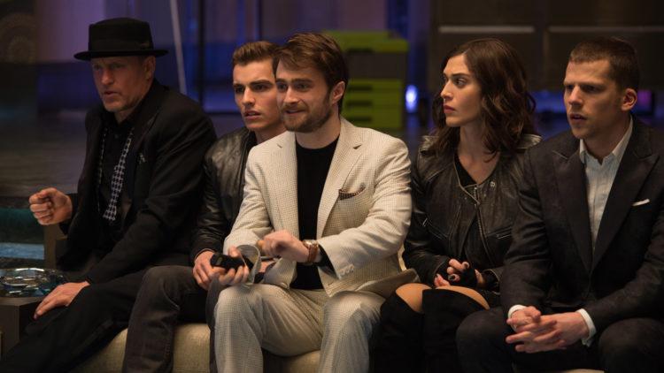 Woody Harrelson, Dave Franco, Daniel Radcliffe, Lizzy Caplan og Jesse Eisenberg spiller alle i Now You See Me 2. (Foto: Nordisk Film Distribusjon AS/ Lionsgate)