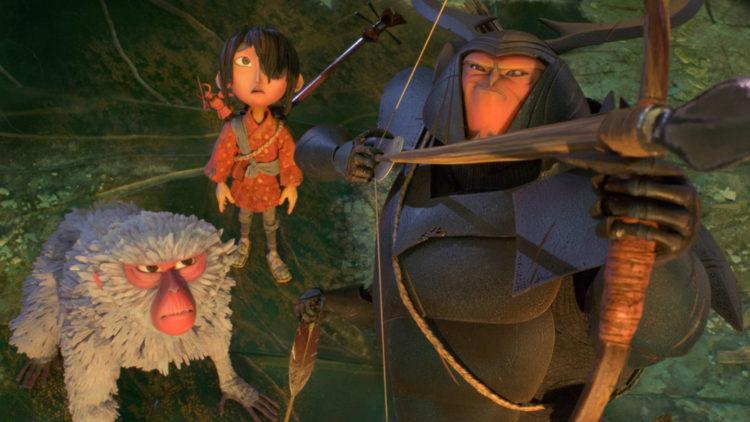 Kubo og sine to medhjelpere leter etter en spesiell rustning i Kubo og det magiske instrumentet. (Foto: United International Pictures)