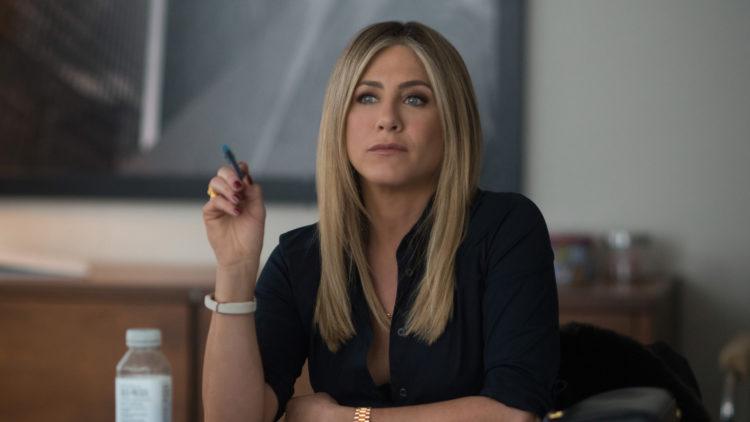 Jennifer Aniston spiller forknytt forretningskvinne i Office Christmas Party. (Foto: Nordisk Film Distribusjon AS)