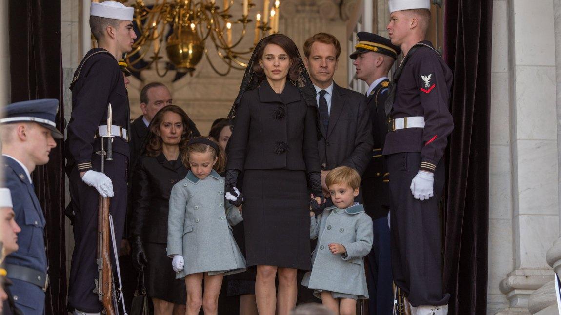 Deler av begravelsesseremonien til John F. Kennedy ble vist på TV i 23 land, og nådde ut til flere hundre millioner mennesker. (Foto: Norsk Filmdistribusjon)