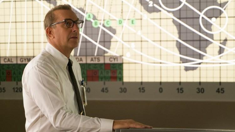 """Kevin Costner spiller NASA-sjef i """"Hidden Figures"""". (Foto: 20th Century Fox)"""