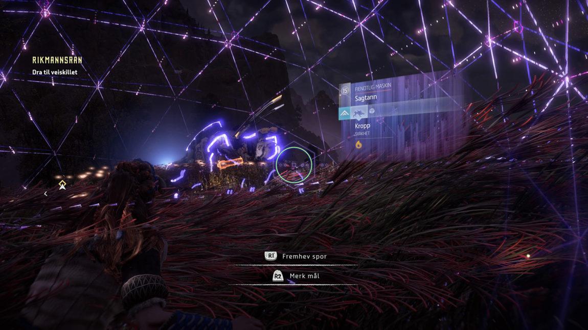 Aloy kan skanne fiendene for å finne svakheter. (Anmelders skjermdump fra PS4 Pro. © Sony Interactive Entertainment).