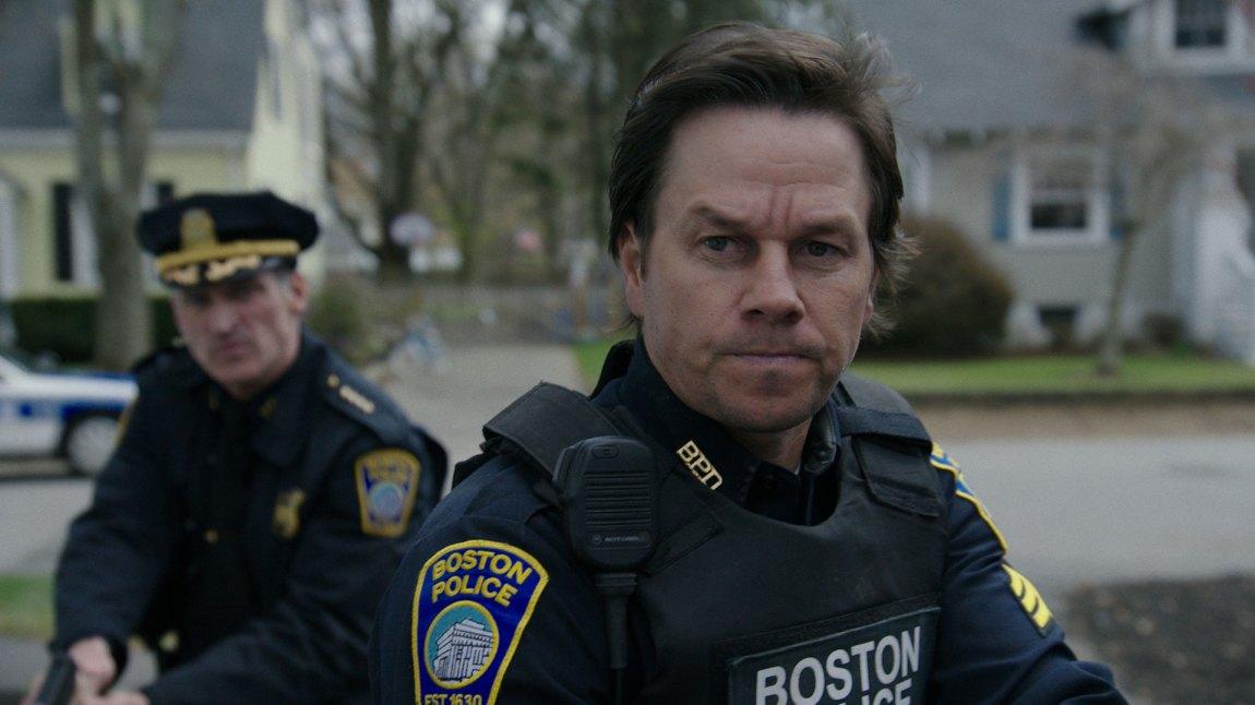 Mark Wahlberg spiller den oppdiktede Tommy Saunders. Politimann med et rufsete rykte, men et hjerte av gull. (Foto: Nordisk Film Distribusjon AS)