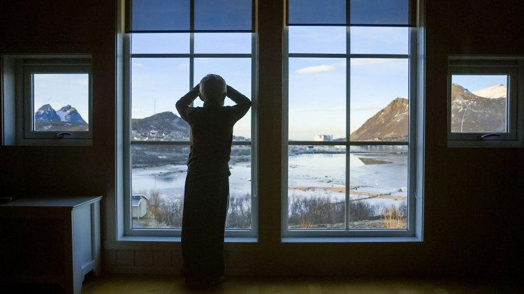 Havet er nært, og utsikten er praktfull på Myre i Vesterålen. (Foto: Tour de Force)