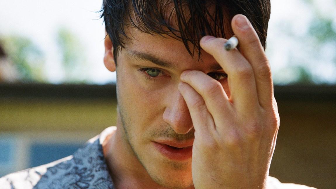 Gaspard Ulliel spiller Louis i Det er bare verdens undergang. (Foto: Norsk Filmdistribusjon).