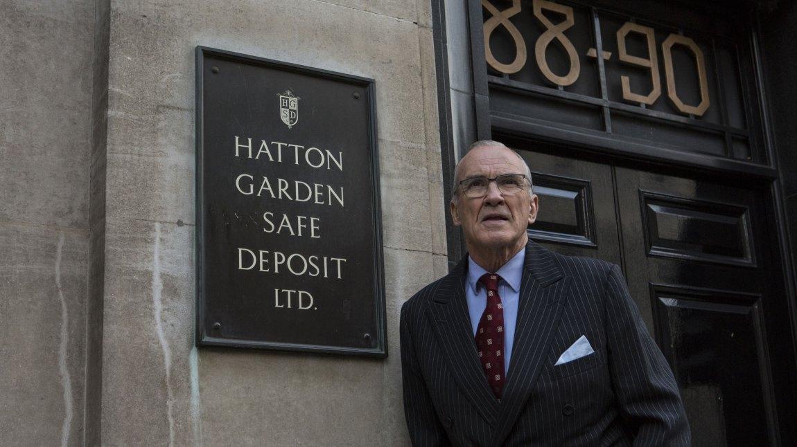 Over 200 millioner pund ble tatt fra hvelvet under juveldistriktet Hatton Garden. (Foto: Signature Entertainment)