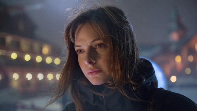 Rebecca Ferguson spiller Katrine Bratt i Snømannen. (Foto: United International Pictures)